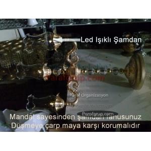 Dört Kollu Es Şamdan